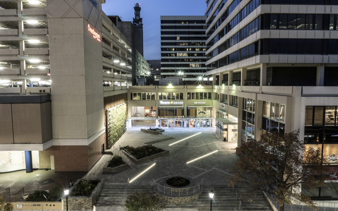 One North Broadway Plaza